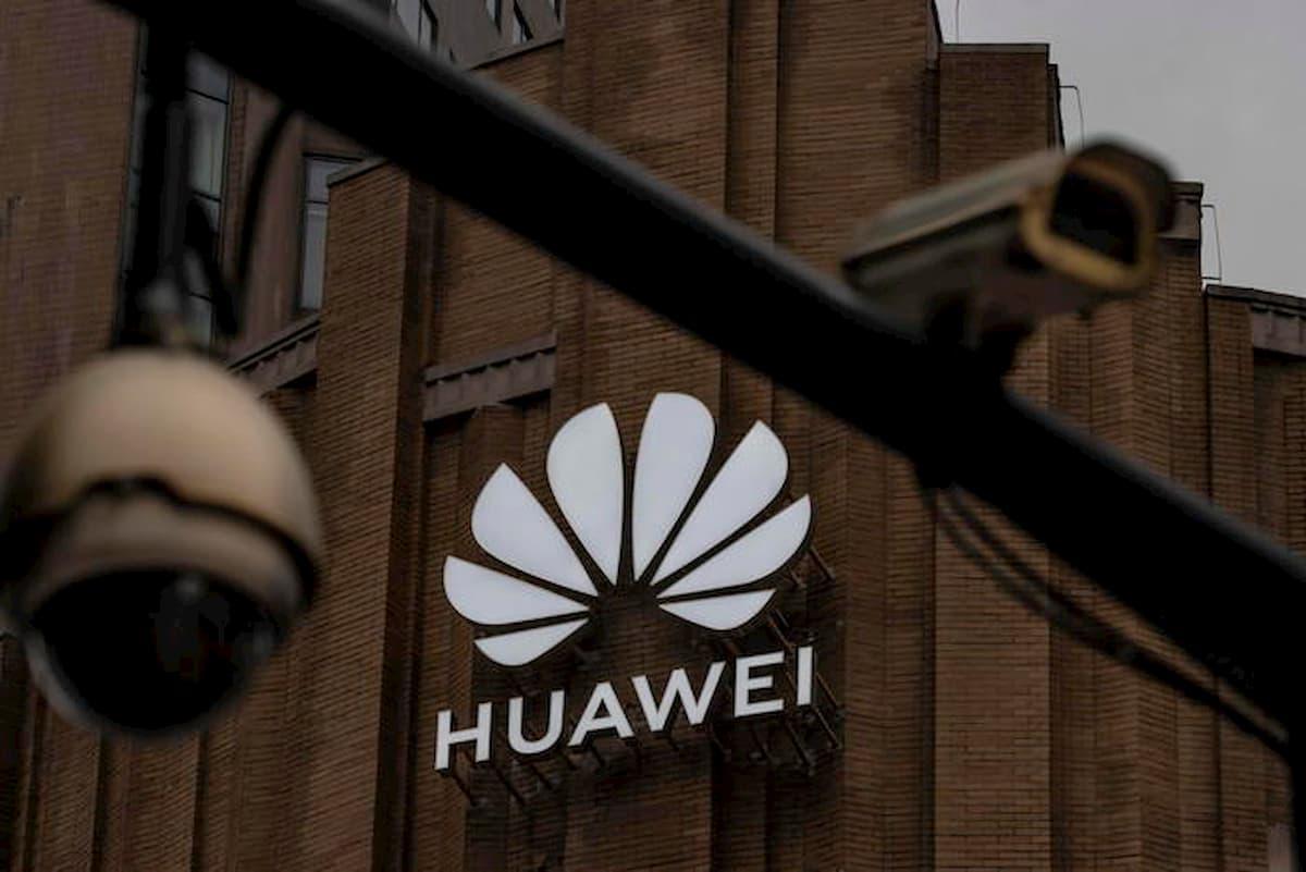 Huawei supera Samsung grazie alla pandemia di coronavirus e alla ripresa del mercato cinese