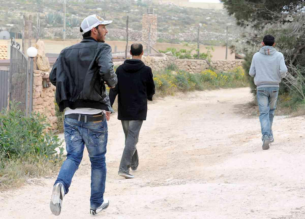 immigrati in fuga in umbria
