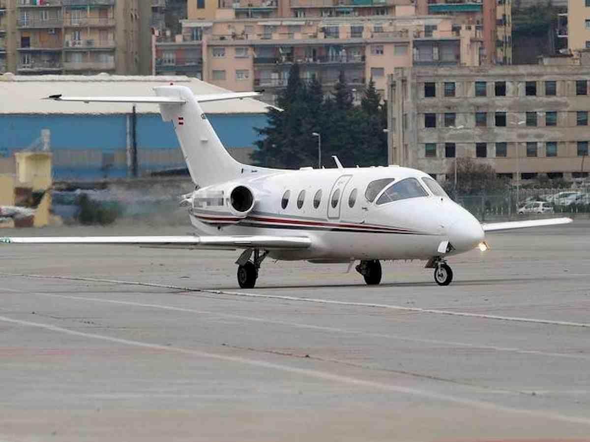Coronavirus, dagli Usa all'Italia col jet privato: turisti bloccati a Cagliari