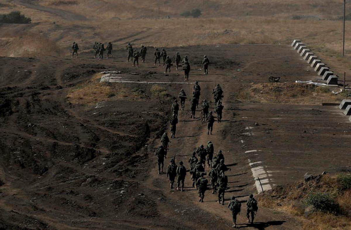 Israele, tensione con il Libano: scontri a fuoco tra Hezbollah ed esercito israeliano