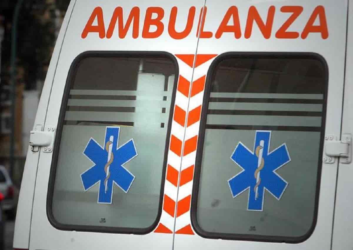 Maniago, foto d'archivio Ansa di una ambulanza