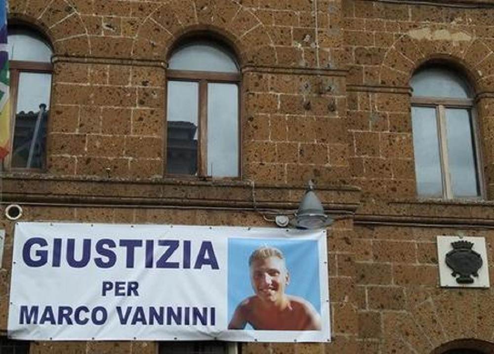 """Marco Vannini, il figlio di Ciontoli: """"Mio padre diceva che si era spaventato per uno scherzo"""""""