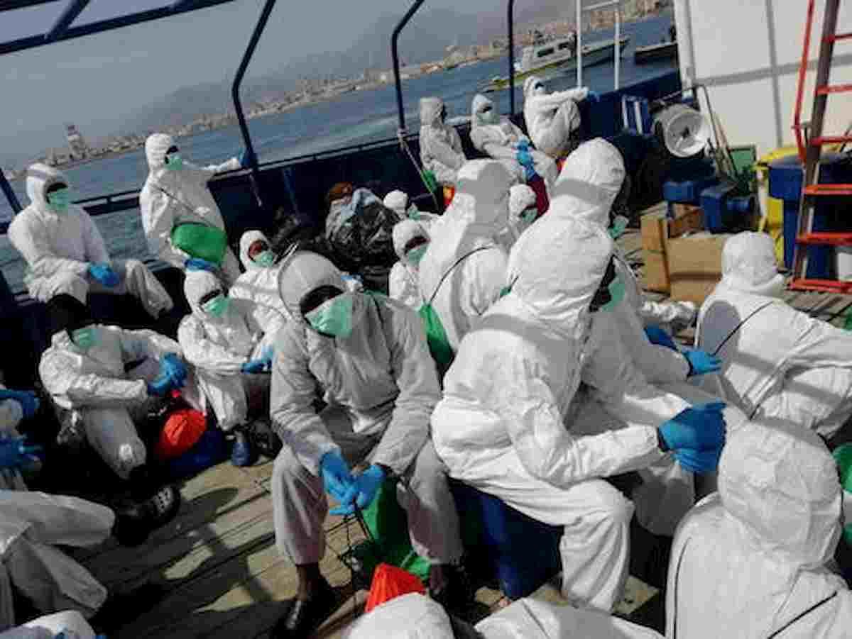Migranti, varato piano trasferimenti da hotspot verso Lazio, Piemonte, Molise e Sicilia