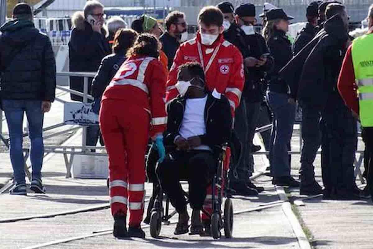 Jesolo, contagi tra migranti ospiti sede Croce Rossa