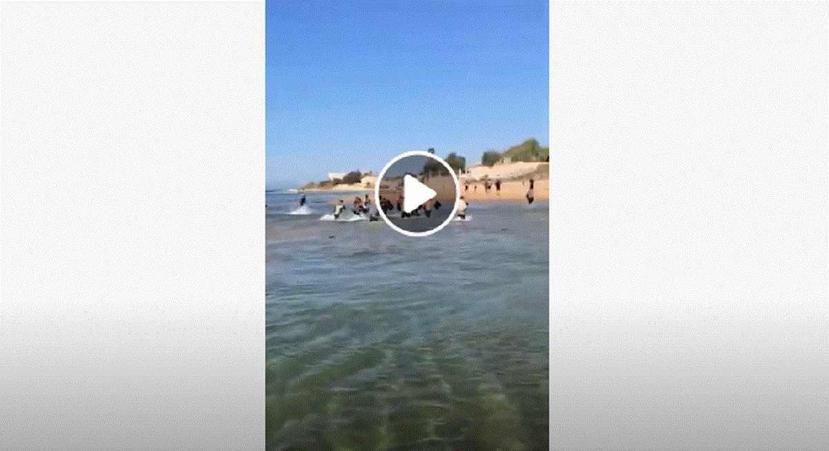 migranti sbarcano vicino Ragusa