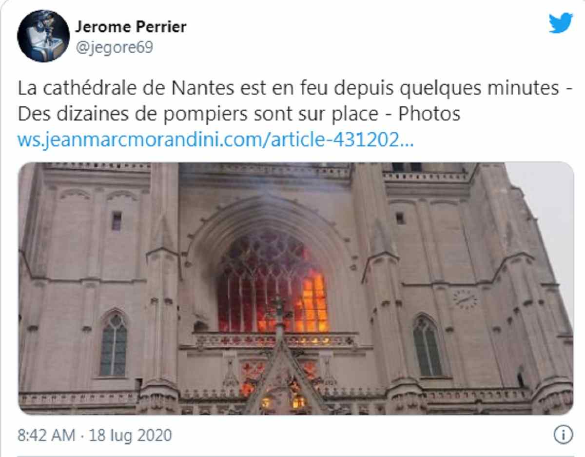 Nantes, in fiamme cattedrale