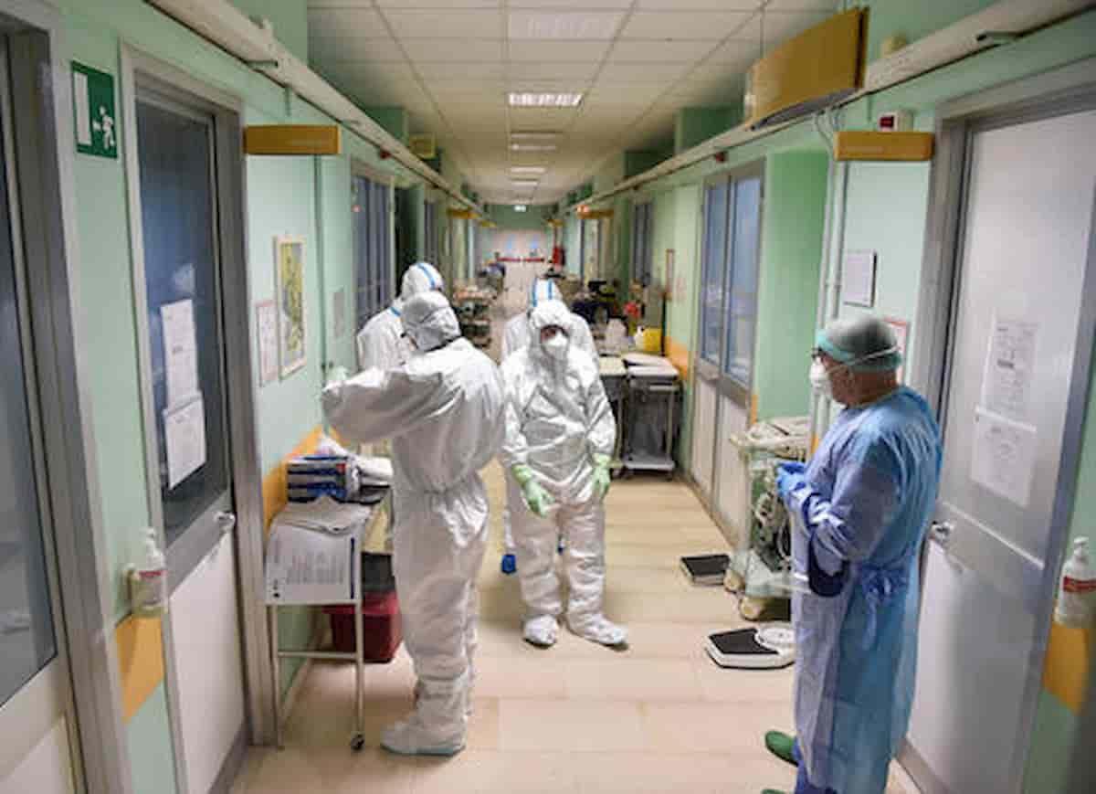 Rimini, otto pazienti positivi in ospedale