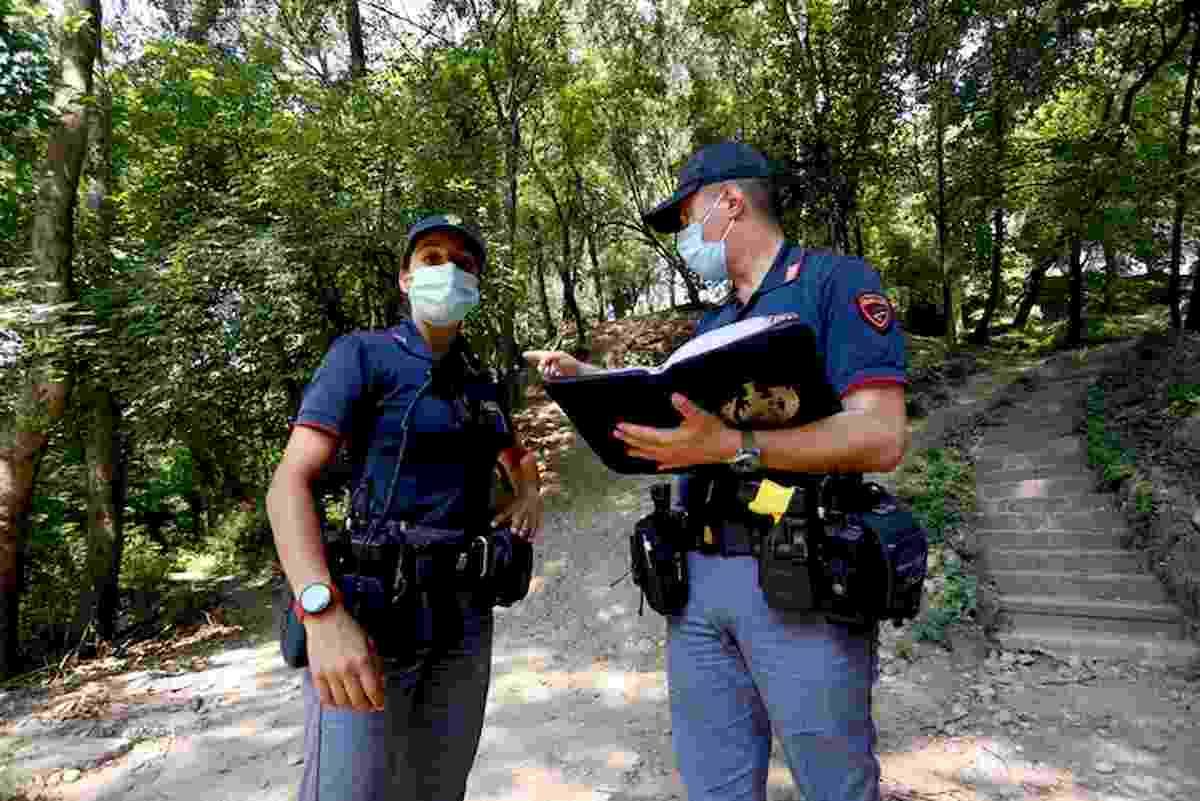 Milano, violentata al Parco Monte Stella mentre portava a spasso il cane. Preso uomo grazie a Dna
