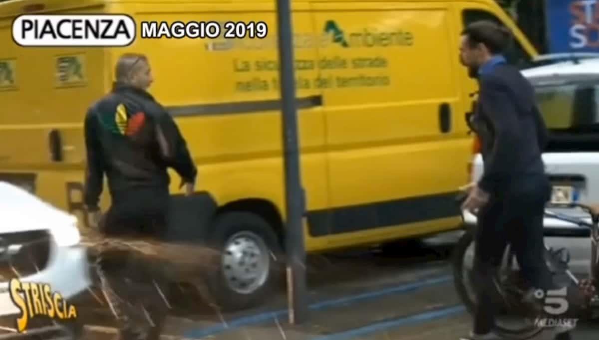 Brumotti servizio Striscia la Notizia Piacenza