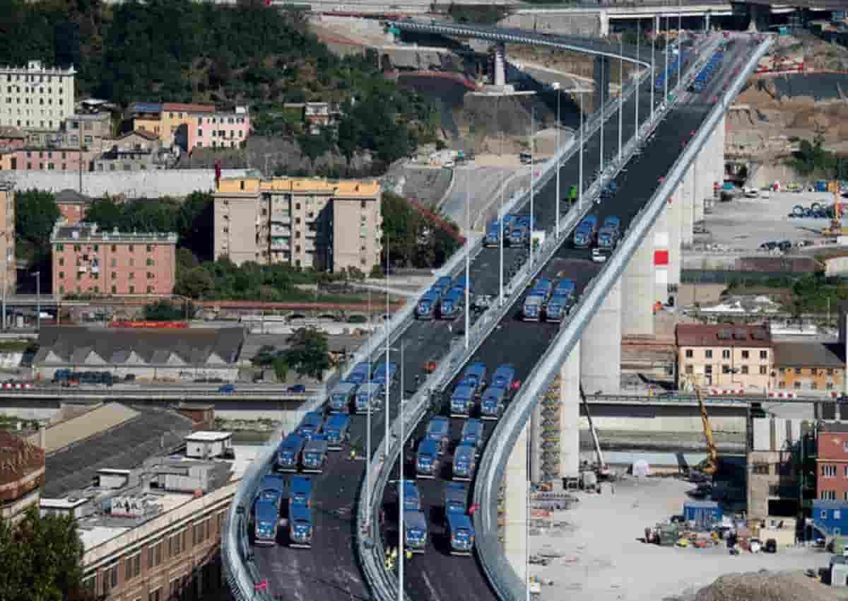 Ponte di Genova, foto Ansa