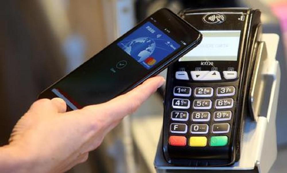 Pagamenti contactless senza pin, dal 2021 soglia sale da 25 a 50 euro