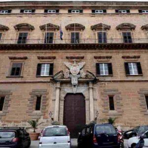 Rifiuti urbani, la Sicilia boccia un impianto a spesa zero: preferiscono mandare i camion nel Nord Europa
