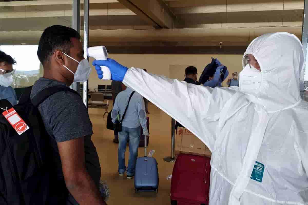 Bangladesh, troppi positivi al Coronavirus negli aerei. L'Italia blocca tutti i voli da Dacca