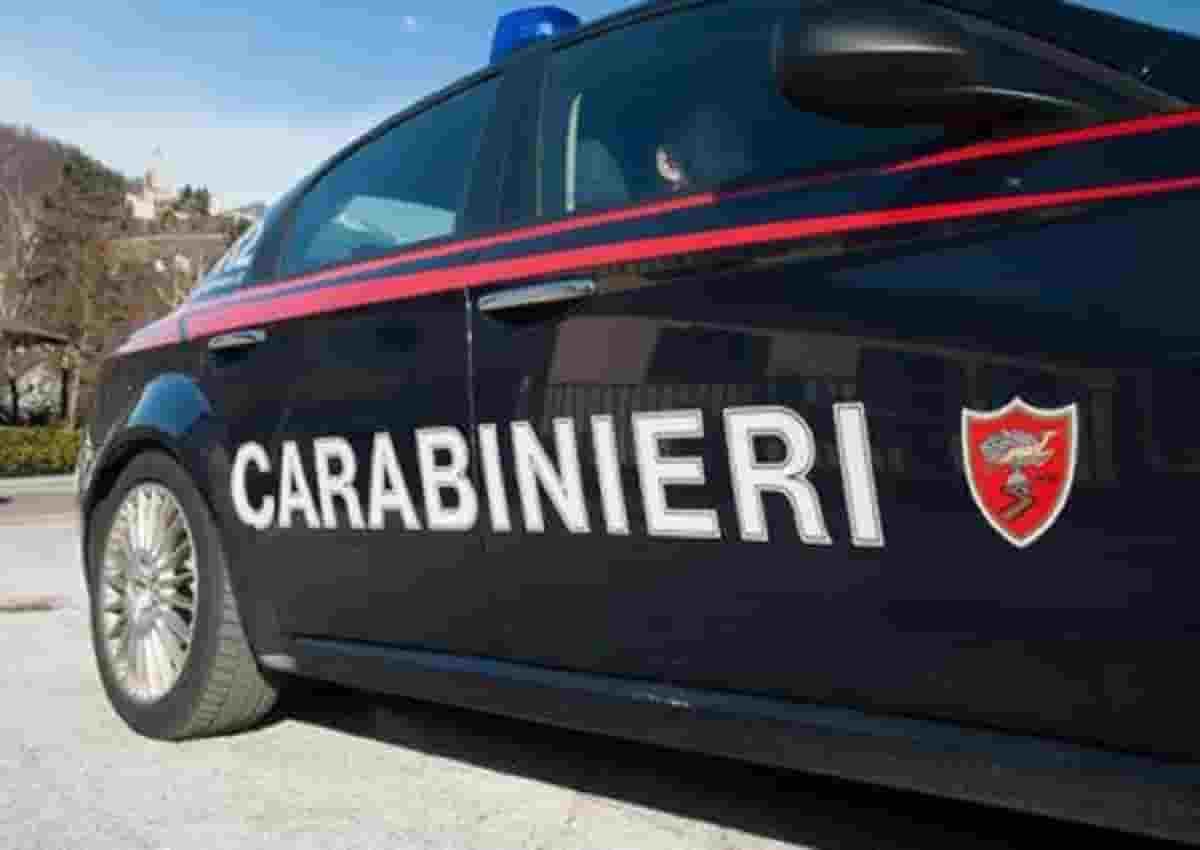 Roma, foto d'archivio Ansa di una volante dei carabinieri