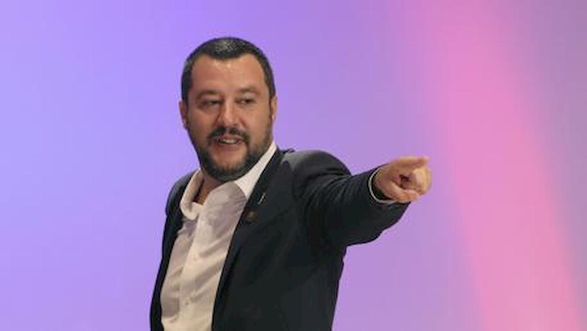 """Omofobia, Salvini boccia ddl Zan: """"Allora facciamo anche legge eterofobia"""""""
