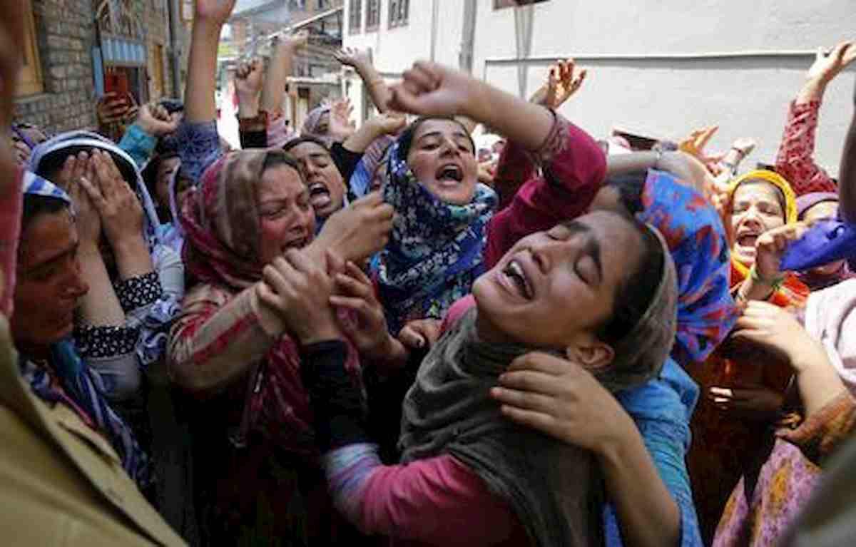 India, 14enne molestata in un centro Covid da un paziente. Un altro uomo filmava