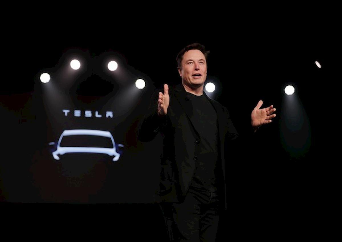Tesla batte Toyota: è la casa automobilistica che vale più al mondo