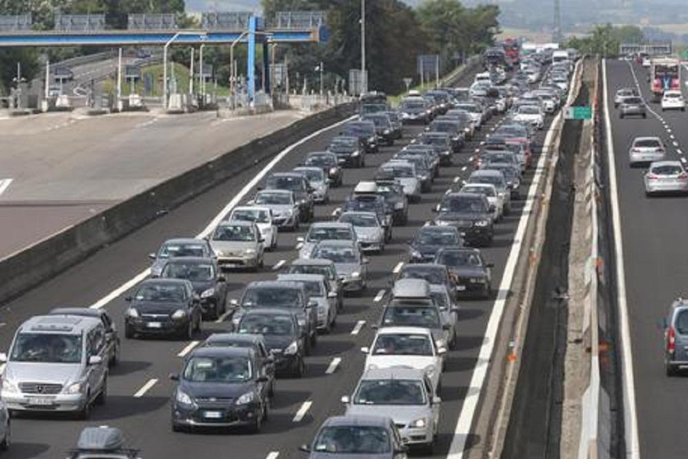 Traffico, 8 agosto da bollino nero. Italiani tornano in viaggio dopo il lockdown
