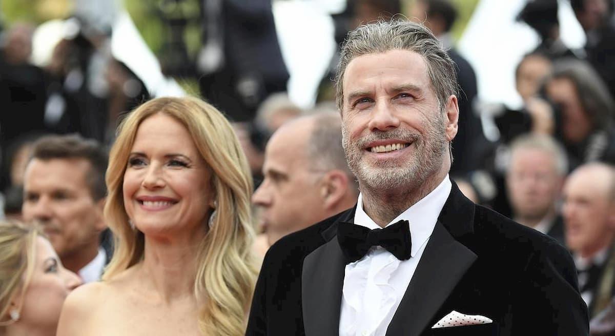 John Travolta, morta la moglie Kelly Preston. L'annuncio del marito sui social