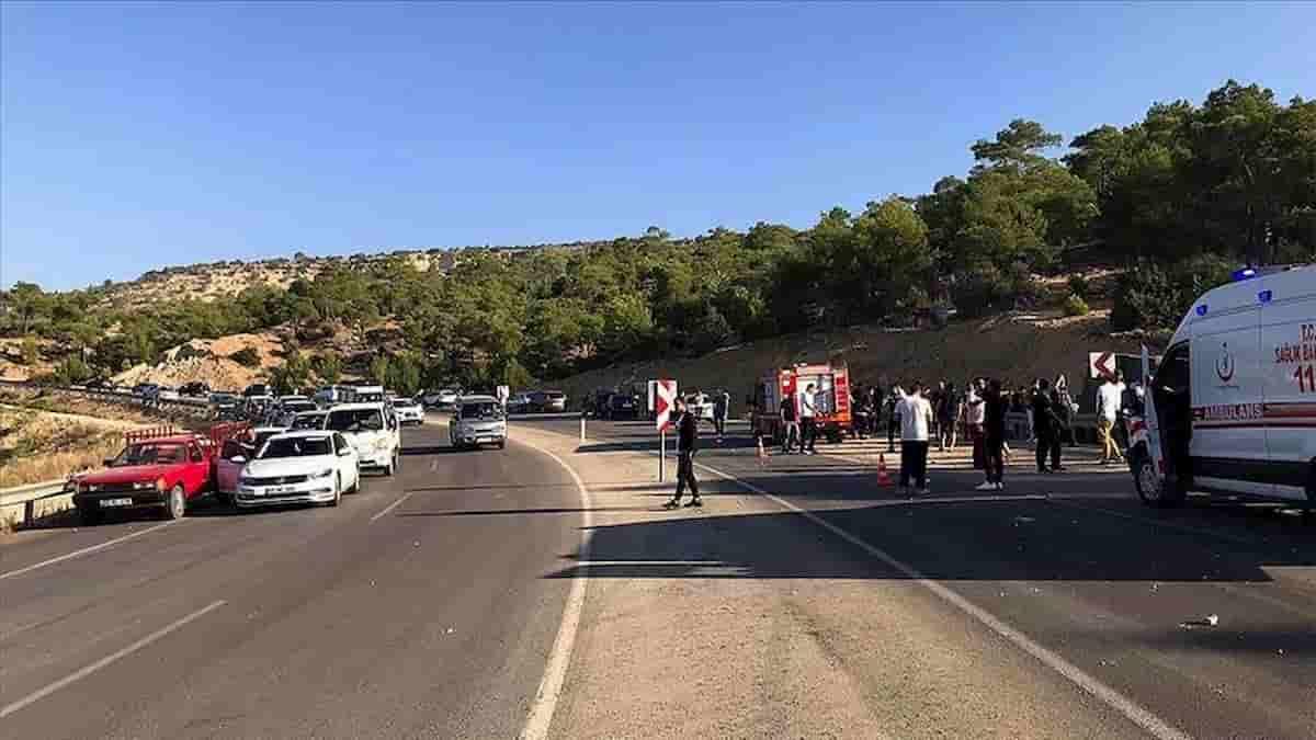 Bus militare incidente in Turchia