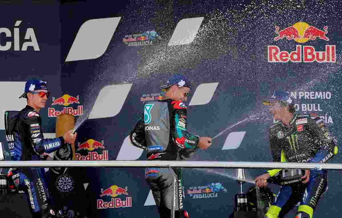 Valentino Rossi da urlo, sul podio del Gp di Andalusia 41 anni