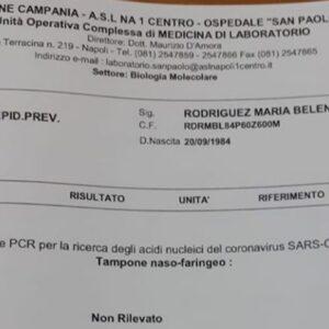 Belen Rodriguez, tampone negativo postato su Instagram. E' in vacanza a Capri