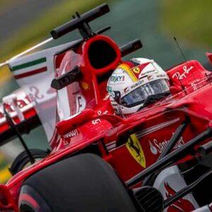 Hamilton trionfa nella sua Silverstone con il brivido ma la Ferrari torna a sorridere con il rocambolesco podio Leclerc