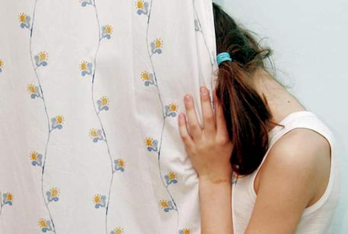 Abusi e sevizie su bimba di 7 anni da parte del padre