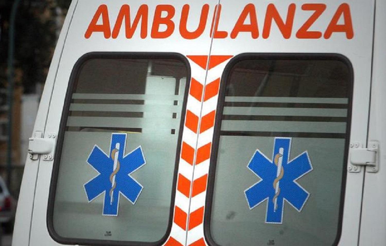 Bimba di 3 anni cade dal terrazzo di casa per 10 metri a Sestri Levante (Genova)