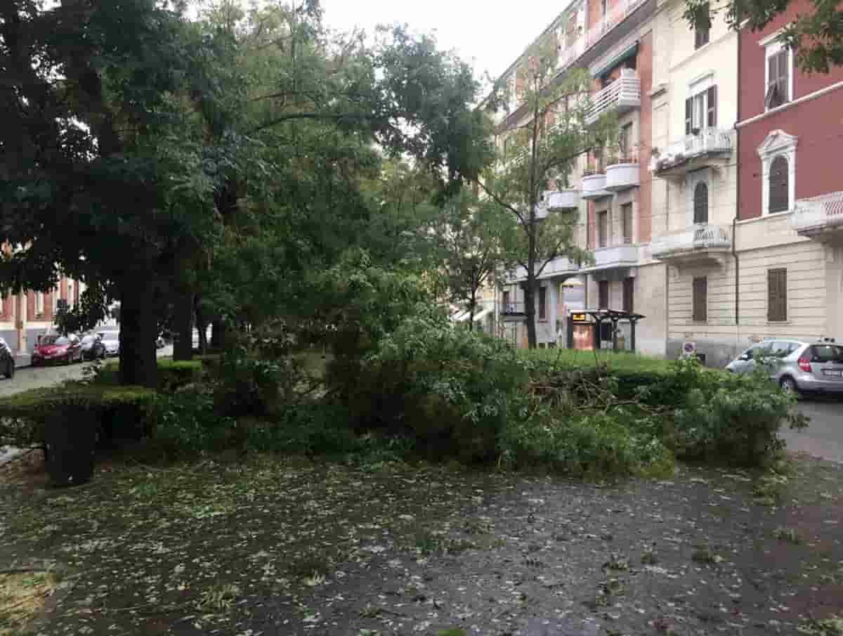 Ancona, violenta grandinata