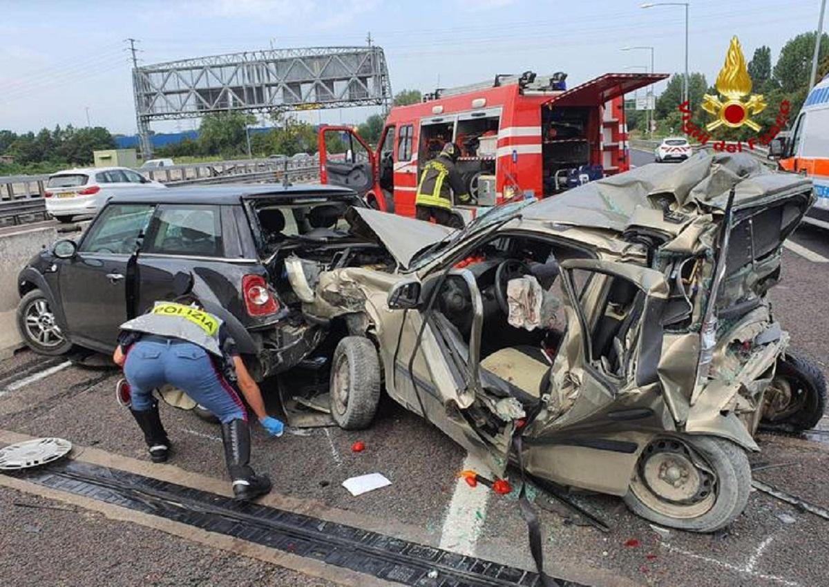 Bologna, incidente in tangenziale (foto Ansa)
