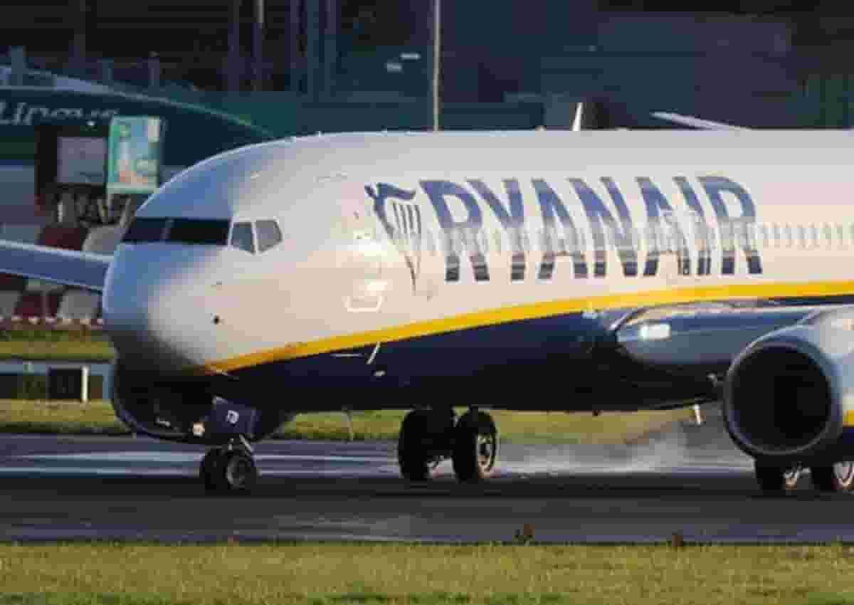 Enac contro Ryanair, foto d'archivio Ansa di un aereo della compagnia irlandese