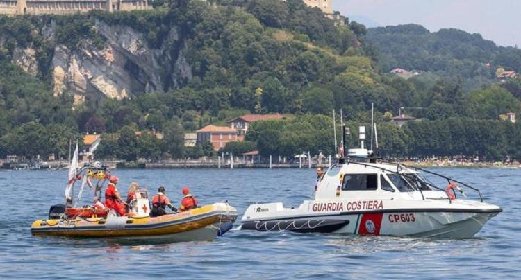 Lago Maggiore, foto Ansa dei soccorsi intervenuti sul posto