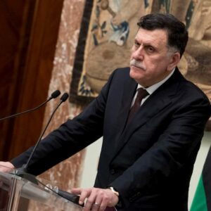 Libia, Serraj e Saleh annunciano il cessate il fuoco ed elezioni a marzo