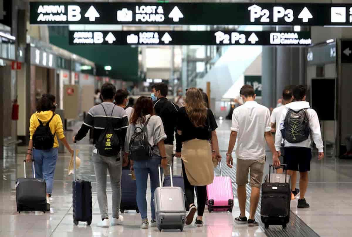 Malpensa aeroporto: tamponi solo ai lombardi. Resto d'Italia? Si infetti pure...