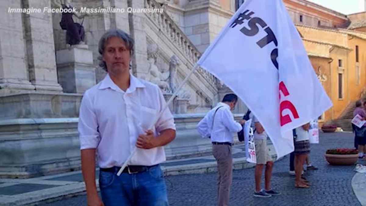 """Massimiliano Quaresima, consigliere ex M5s: """"Omosessualità è una malattia, causata dai vaccini""""."""