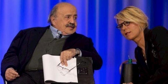 """Maurizio Costanzo, le parole dette a Maria De Filippi prima di sposarla: """"Voglio morire nella tua mano"""""""