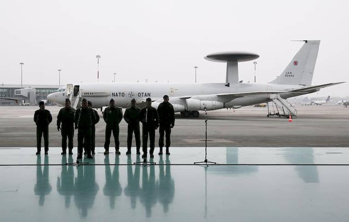 Ufficiale francese in base Nato in Italia spiava per i russi