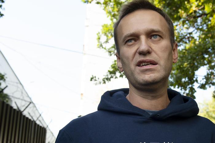 Aleksej Navalnyj, leader opposizione russa avvelenato con qualcosa nel tè