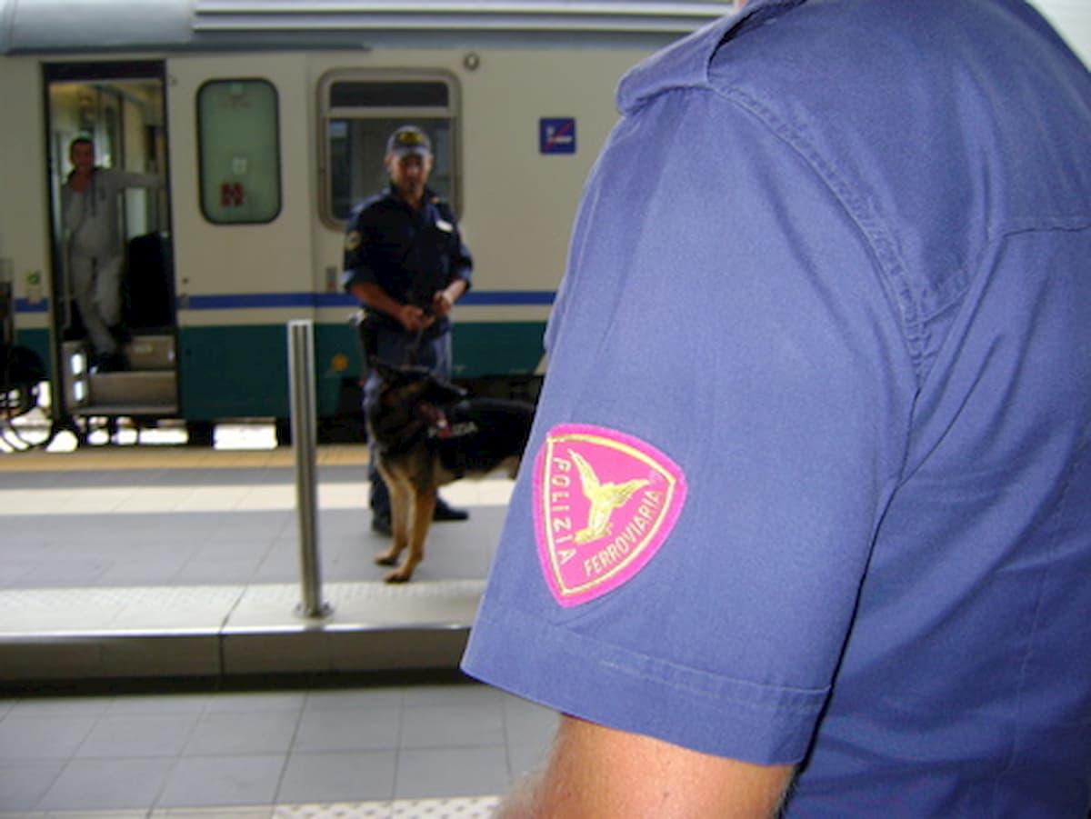 Palermo, dimentica sul treno un borsello con 5mila euro. Ferroviere lo trova e lo riconsegna