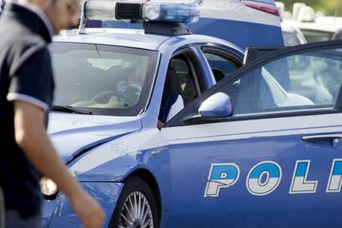 Taranto, passante ferito durante un inseguimento tra polizia e rapinatori