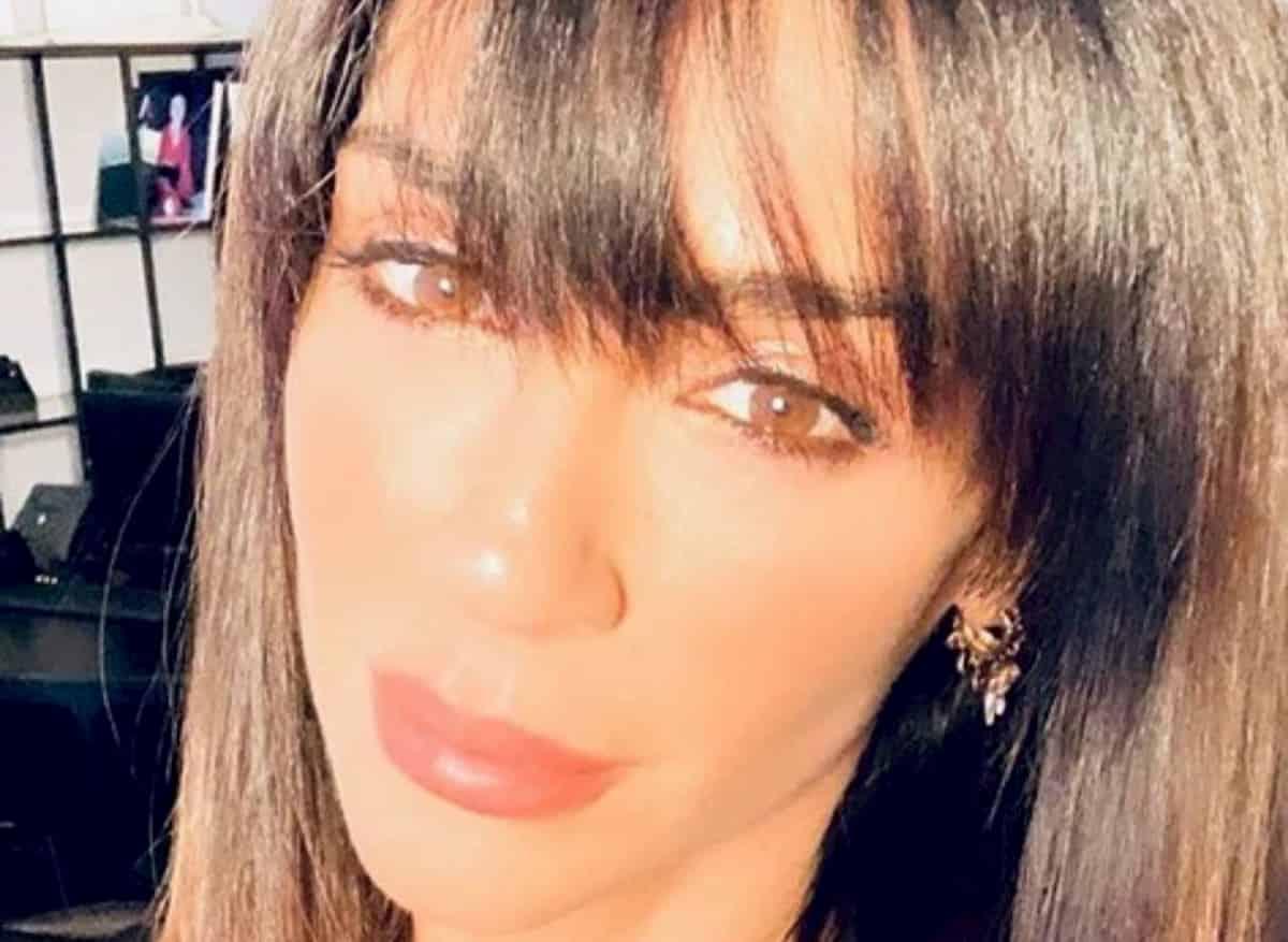 """Raffaella Mennoia contro gli """"pseudo-vip"""" in Sardegna"""