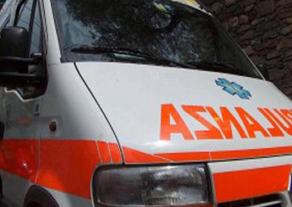 Santa Giustina, foto d'archivio Ansa di una ambulanza