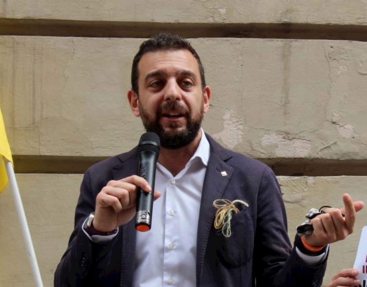 """Bonus 600 euro """"ricevuto per errore"""": Diego Sarno (Pd) si autosospende"""