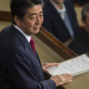 Shinzo Abe si dimette