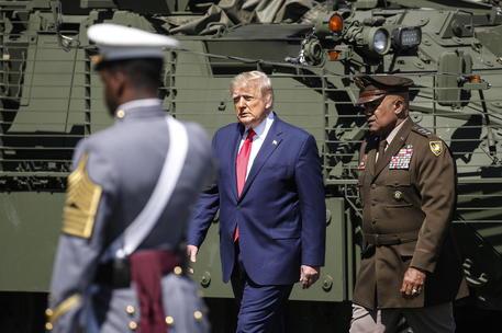 America, fine di un mito, il Grande Sogno è tornato in Europa. Nella foto: Donald Trump, simbolo della nuova America