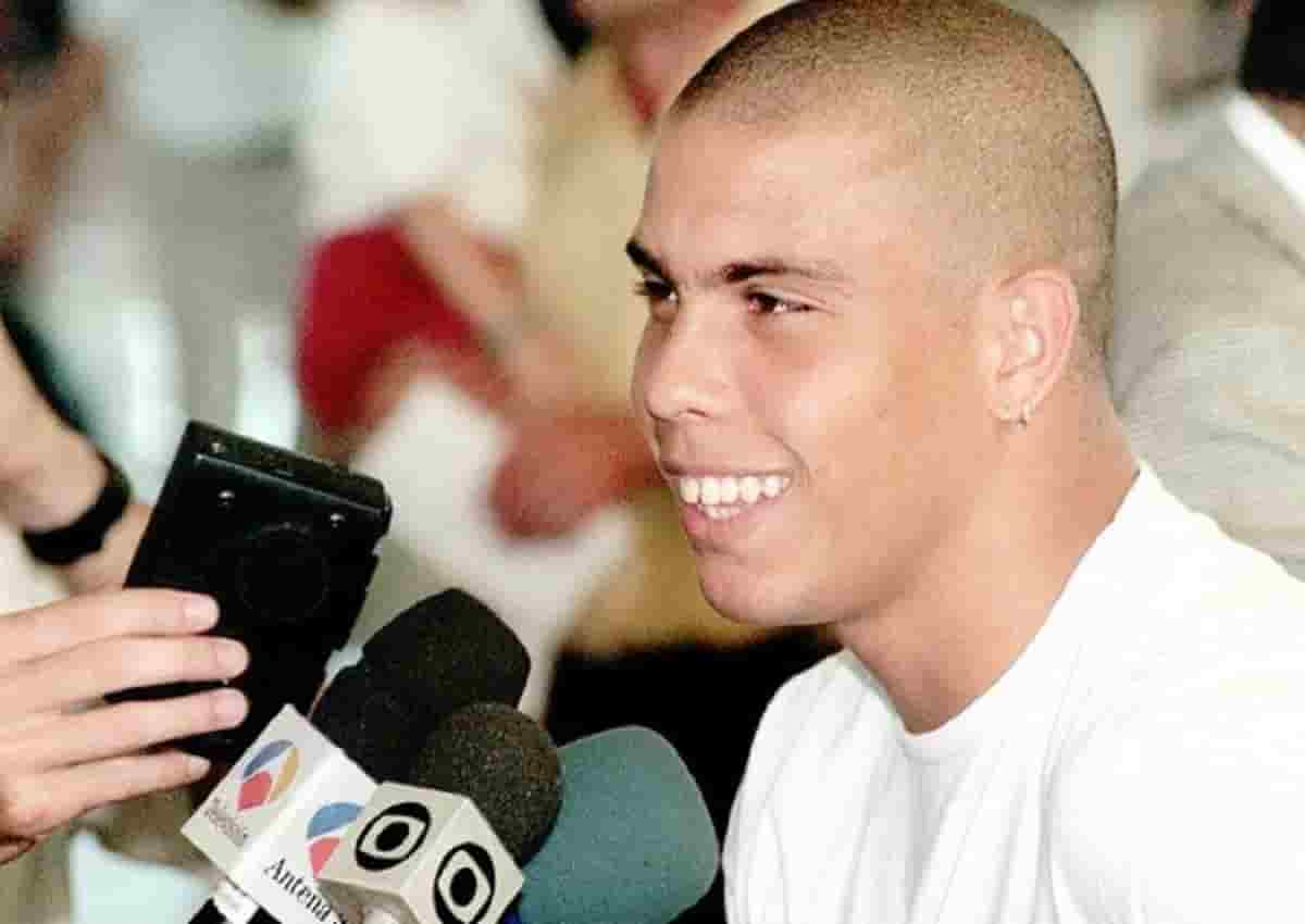 Zé Roberto, foto d'archivio Ansa di Ronaldo