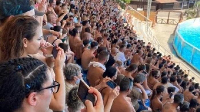 Zoomarine, gente appiccicata senza mascherine. Parco acquatico multato VIDEO