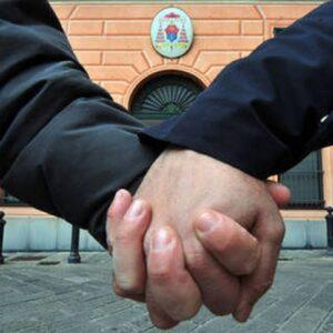 Padova, aggrediti per un bacio gay. Ferito anche un amico intervenuto per difenderli. Una foto d'archivio Ansa