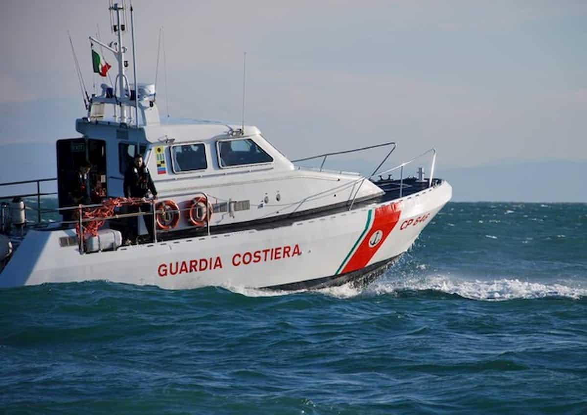 Cadavere in mare a Giulianova: forse fidanzato 17enne straniera annegata